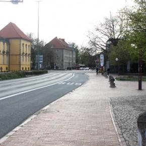 geteilter Rad- und Fußweg durch Bushaltezone