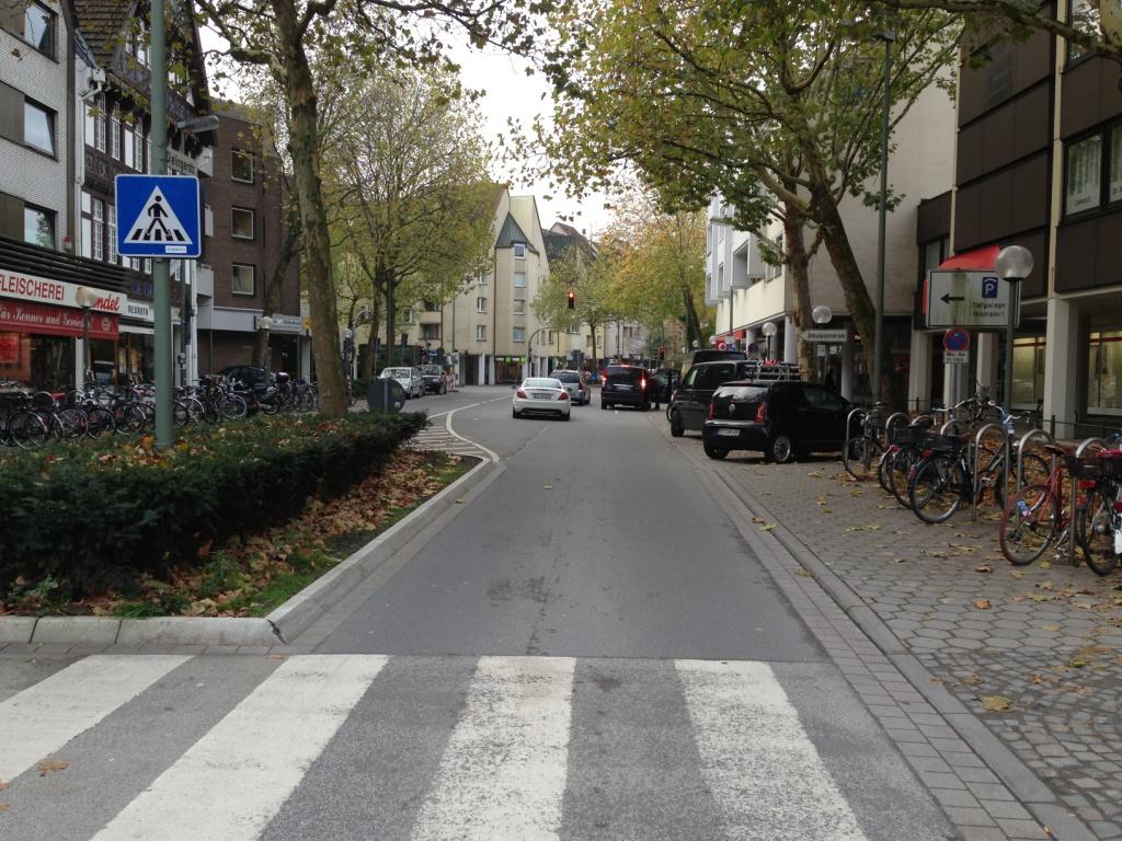 Dielingerstraße Zebrastreifen