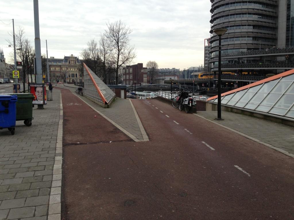 Sieht schon schwer nach einem Fahrrad-Highway aus...