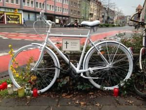 Ghost Bike Kommenderiestraße