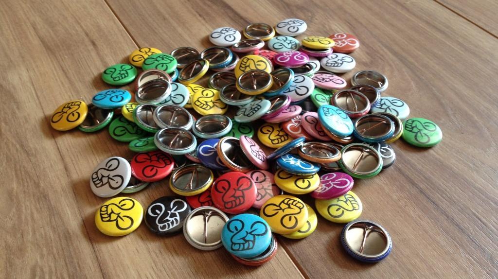 CM Buttons