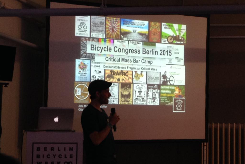 Jelte bei seinem Vortrag über die Critical Mass in Oldenburg. Foto: dd