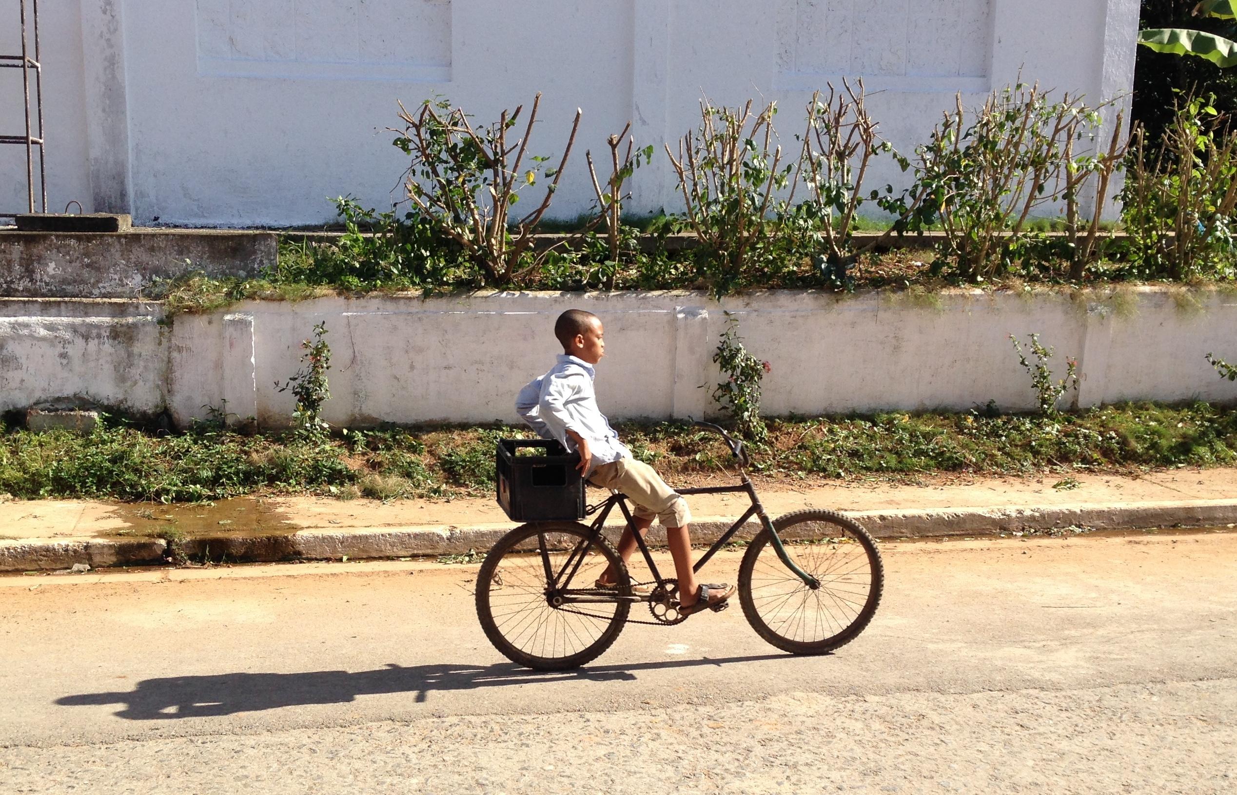 Just Cycling_Vinales_Kuba_by_Daniel_Doerk