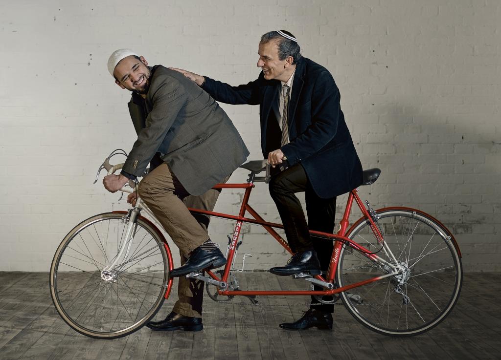 Cycling unites!
