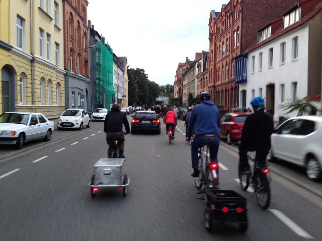 Der zweite Drängler, der meinte, er müsse versuchen, 100 Radfahrer zu überholen...
