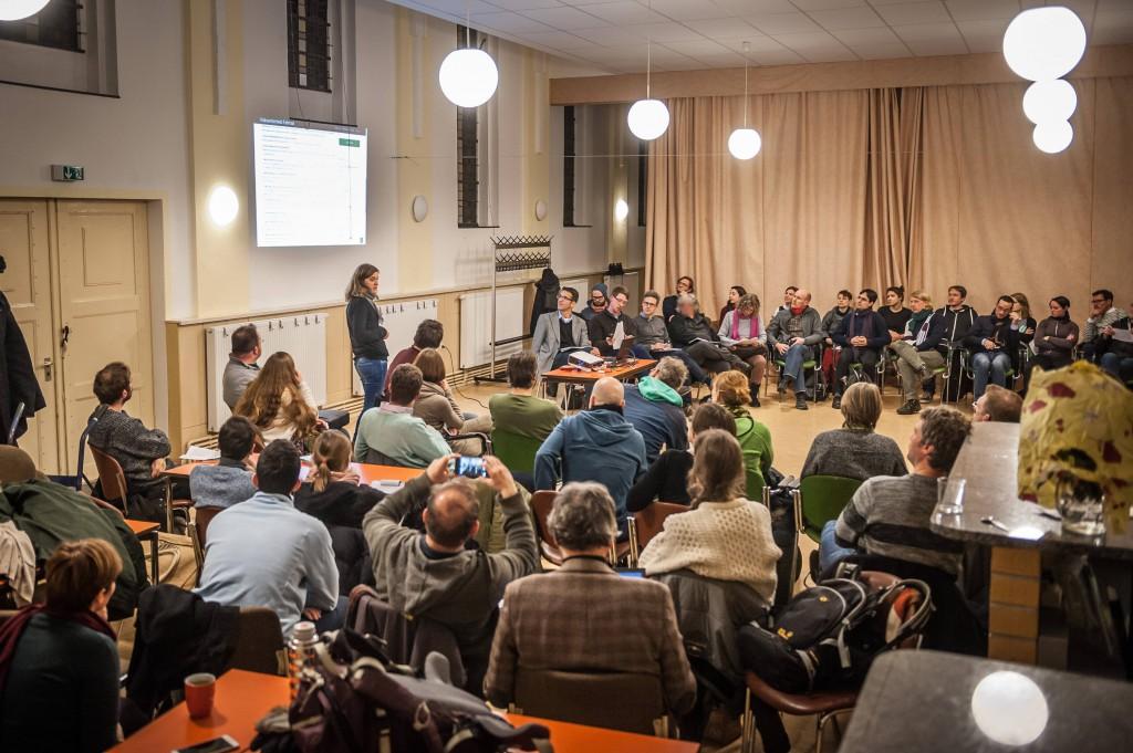 Volksentscheid Fahrrad: Das UnterstützerInnentreffen am 7.1.2015 war sehr gut besucht. Foto: volksentscheid-fahrrad.de