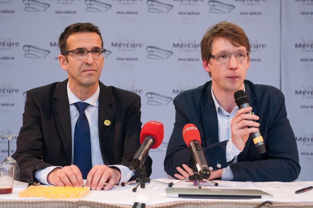 """Pressekonferenz zum Entwurf des Berliner Radverkehrsgesetzes der Initiative """"Volksentscheid Fahrrad""""; Heinrich Strössenreuther, Peter Feldkamp"""
