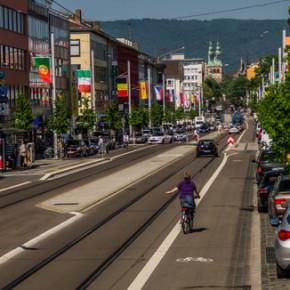 Stadt Kassel erhält Deutschen Verkehrsplanungspreis für Friedrich-Ebert-Straße