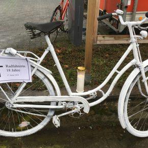 Ghost Bike #8