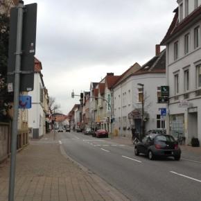 Osnabrück: Tempo 30 auf 700 Metern zu hoher Preis für Unfallreduzierung?