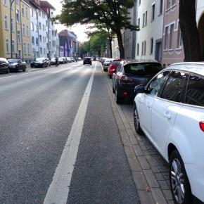 Schutz- und Radfahrstreifen: verordnete Gefahr?