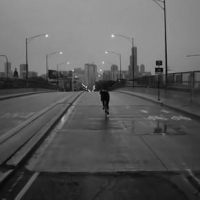 Als Fahrradkurier kennst du die Lichter deiner Stadt