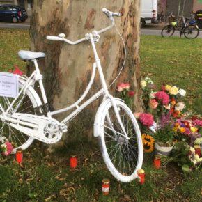 Ghost Bike #9